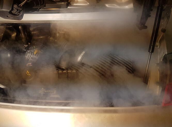 Motorraumreinigung mit Trockeneis in Haltern